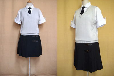 作新学院高等学校の中古制服
